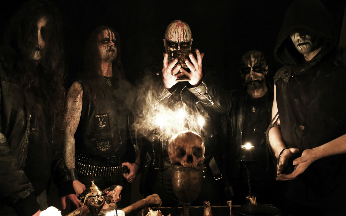 enthroned streyma sovereigns